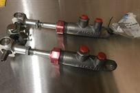 alcon-master-cylinder-with-balance-bar
