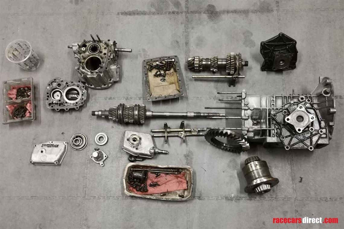 Racecarsdirect com - ZF 5DS-25-2 gearbox- De Tomaso Pantera