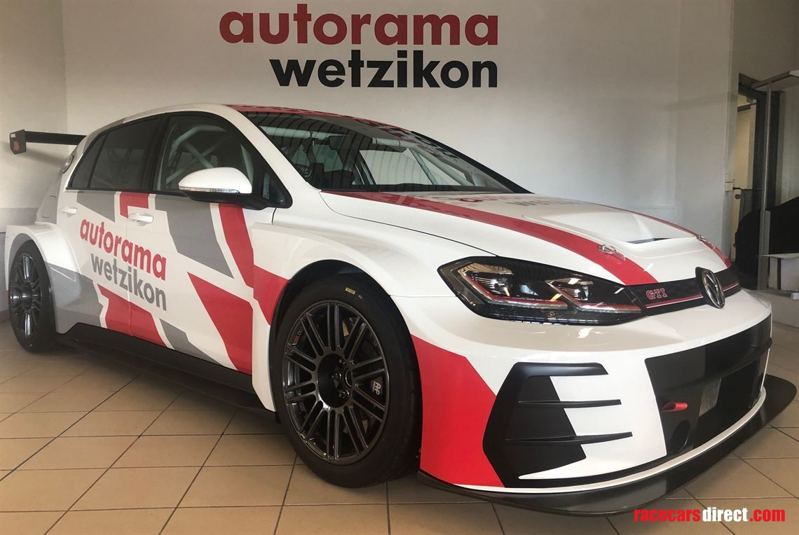 driver-searched-for-24h-races-tcr-vw-golf-dsg