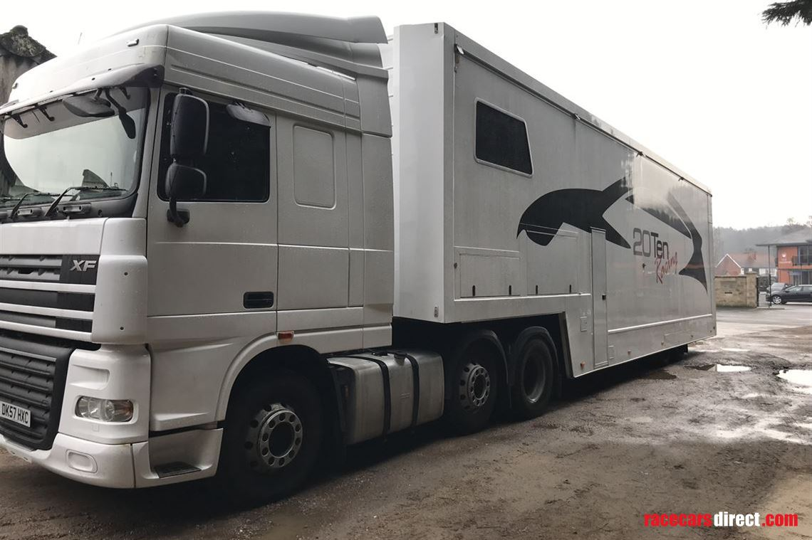 tractor-unit-and-race-transporter
