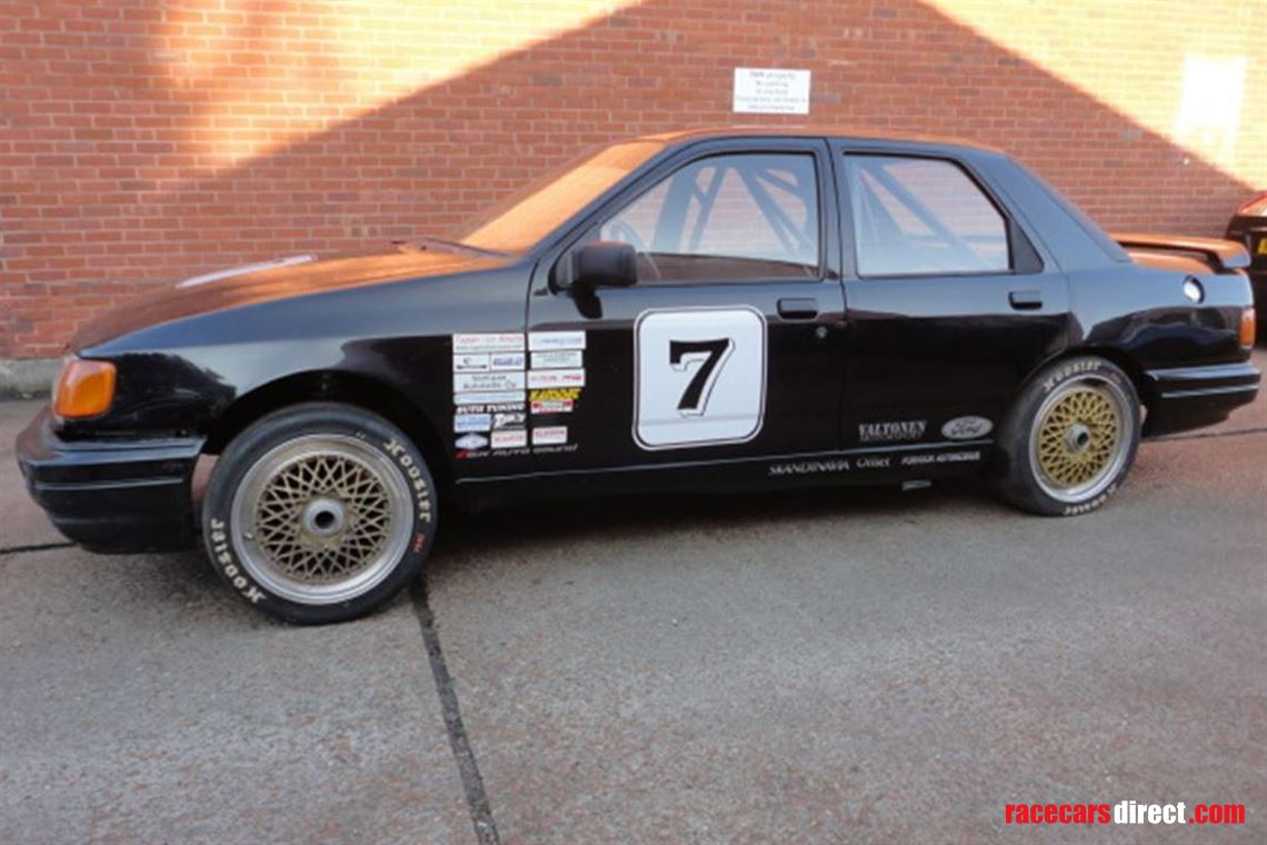 sapphire-cosworth-lhd-grp-a-touring-car