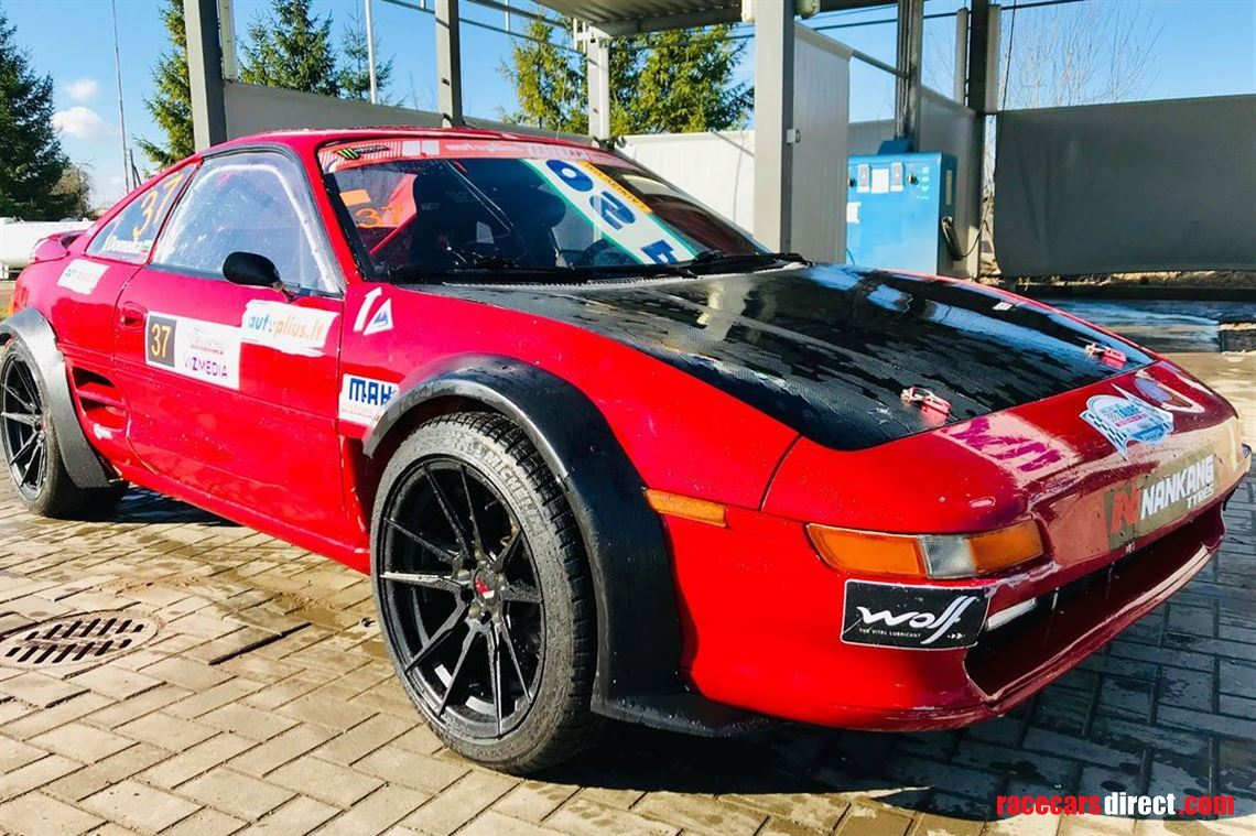 toyota-mr2-turbo-race-car