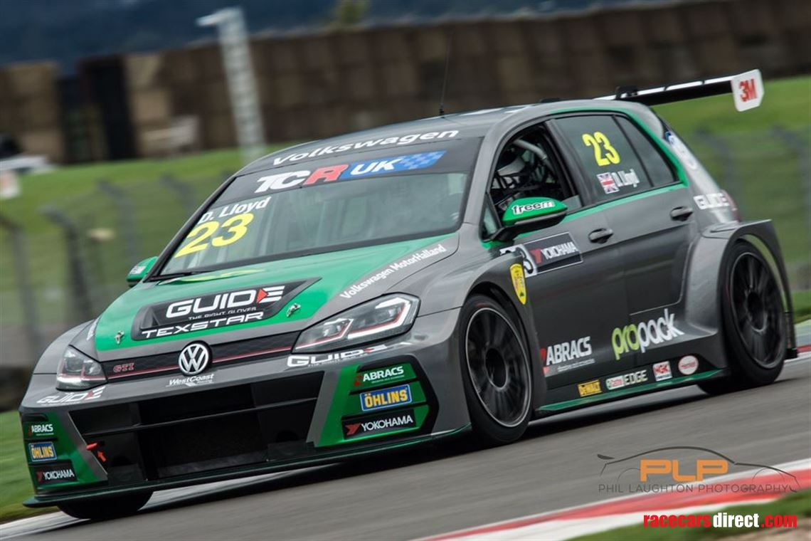 championship-winning-2018-vw-golf-gti-tcr-seq