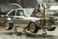 ford-escort-rs1800-in-silvergolddiamonds