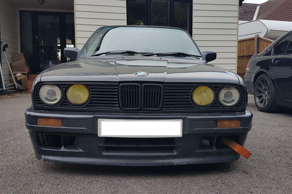 Racecarsdirect com - BMW E30 Touring 2 8 M3 suspension resto