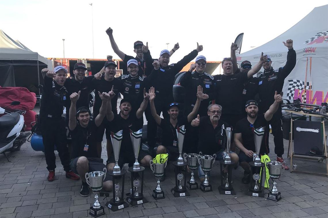 24h-dubai-2019-winner-team-looking-for-driver