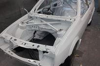 sierra-cosworth-3-door-shell-fia-cage-painted