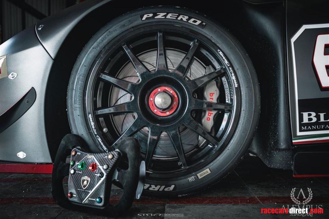 2016 Lamborghini Huracan Super Trofeo EVO for Sale in ...   2016 Lamborghini Huracan Super Trofeo