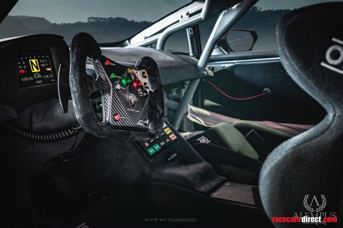 Lamborghini Huracan Super Trofeo Awaits New Licensed Driver   2016 Lamborghini Huracan Super Trofeo