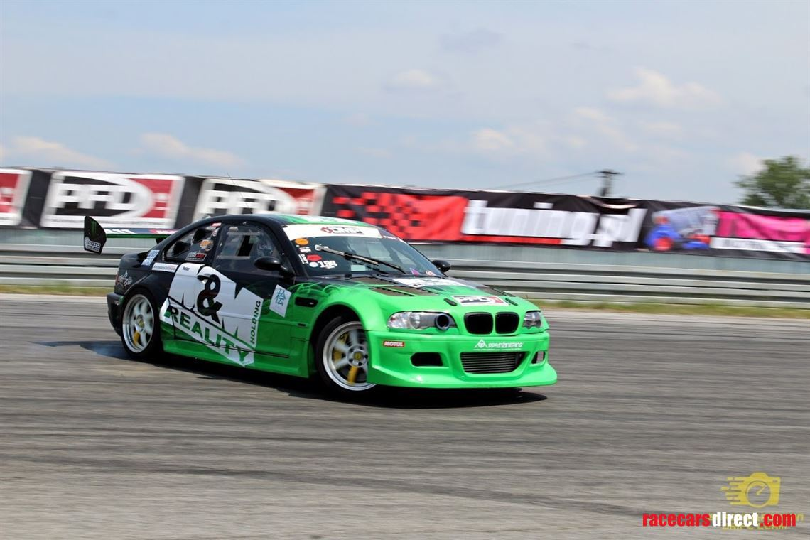 drift-bmw-e46-m3-gtr