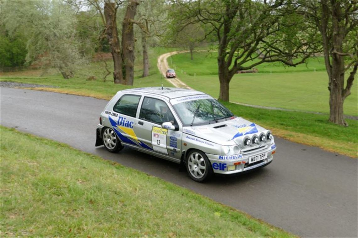renault-clio-williams-group-a-ragnotti-re-cre