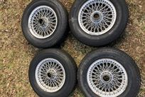 austin-healey-wire-wheel-street-tyres-set