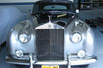 rolls-royce-restored-award-winning-classic