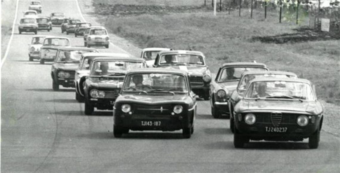 Racecarsdirect Com Renault R8 Gordini 1965