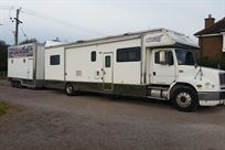 freightliner-motorhome-and-trailer