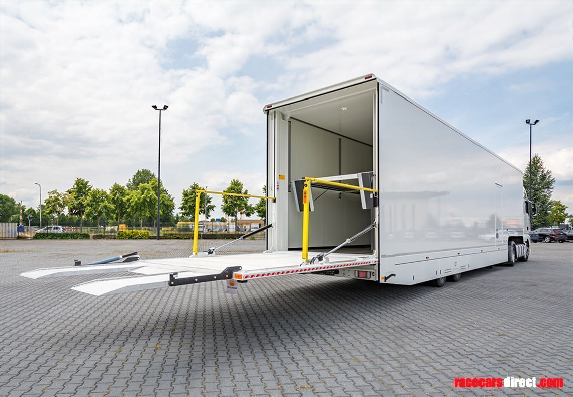 rental-of-a-race-trailer-with-office-from-95