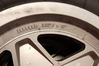 ferrari-328-alloy-wheels