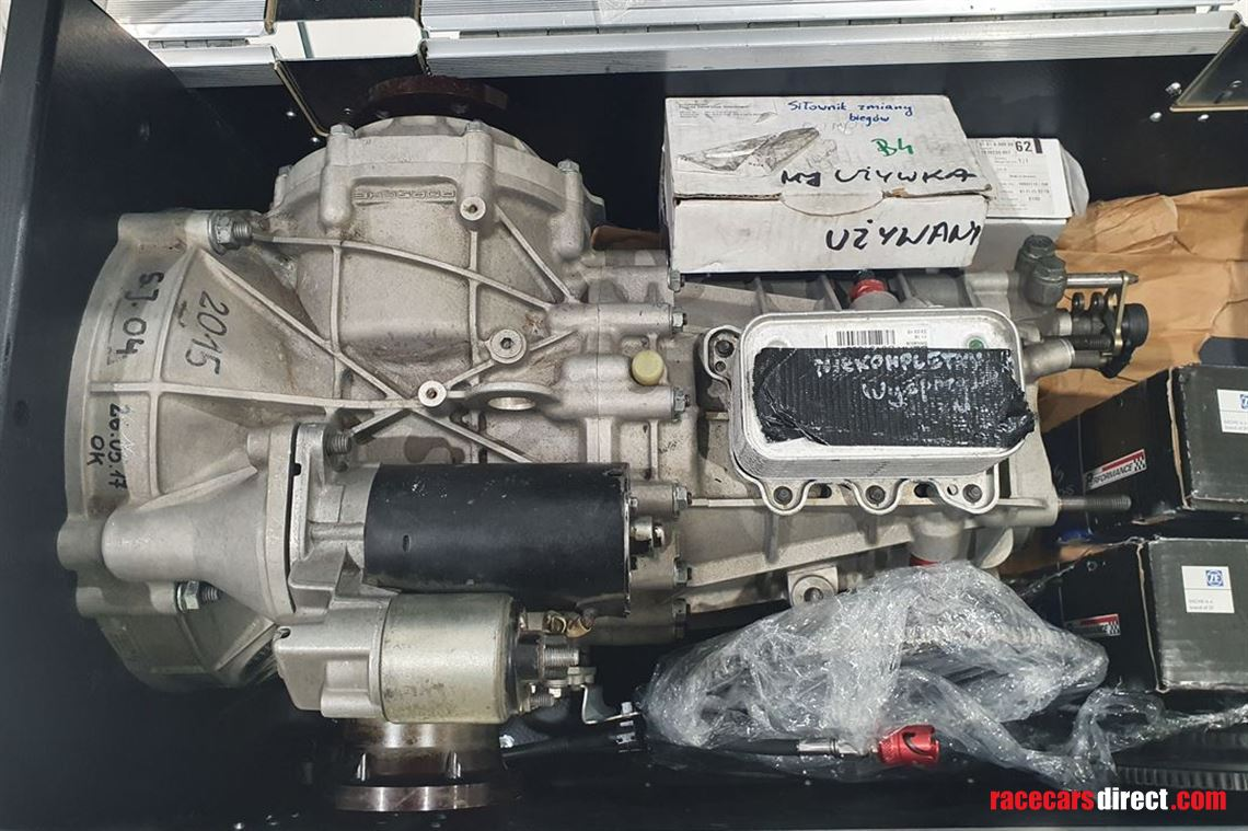 porsche-991-cup-gearbox-set-after-revision