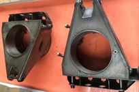 renault-f1-re60-pair-of-upright