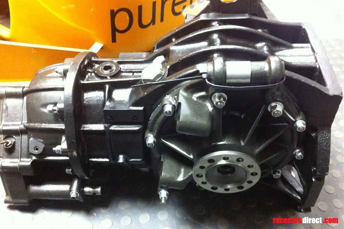 hewland-fg400-and-fga-gearboxes-for-sale