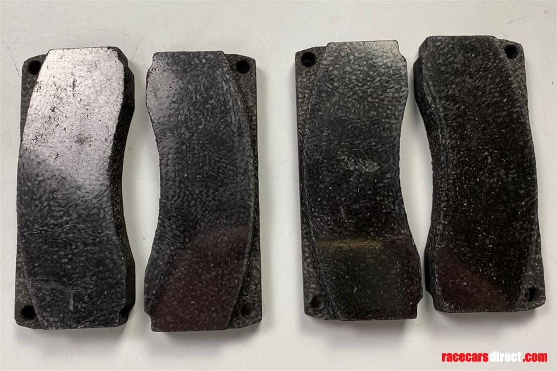 mercedes-benz-clk-gtr-carbon-brake-pads