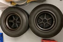 ford-gt40-wheels-with-dunlop-tires