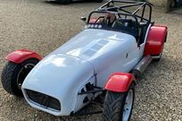 caterham-7-track-day-race-car