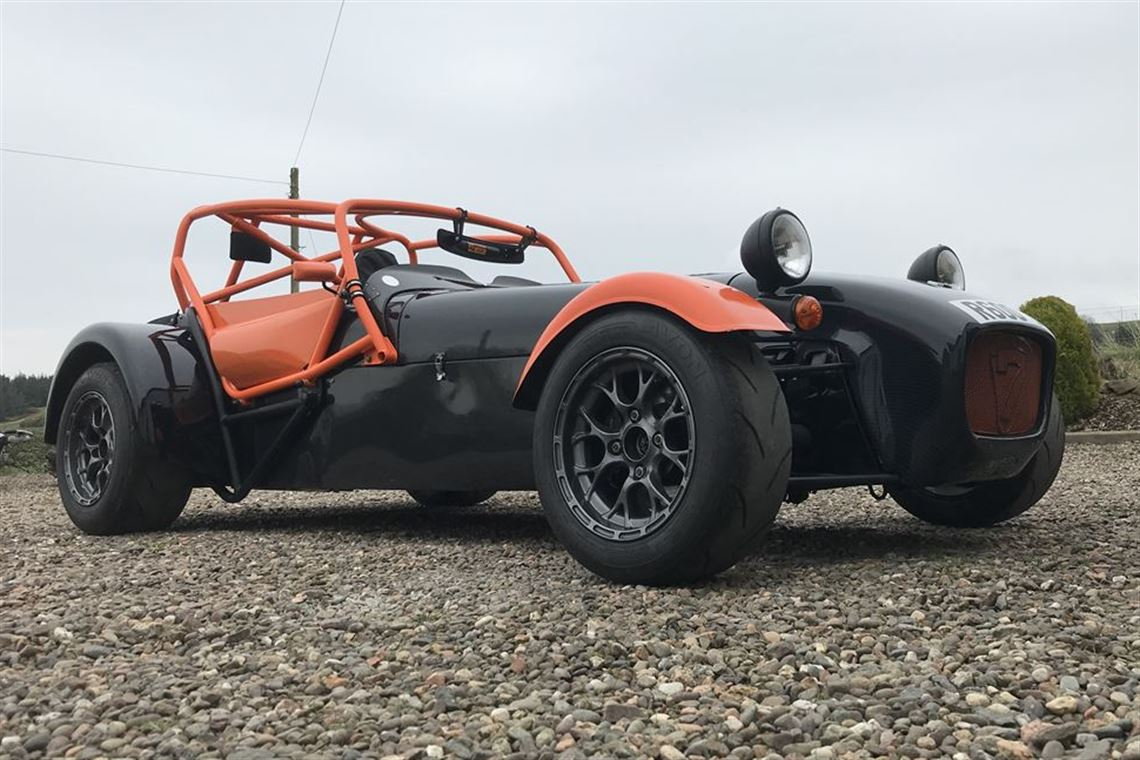 caterham-with-superlight-specification