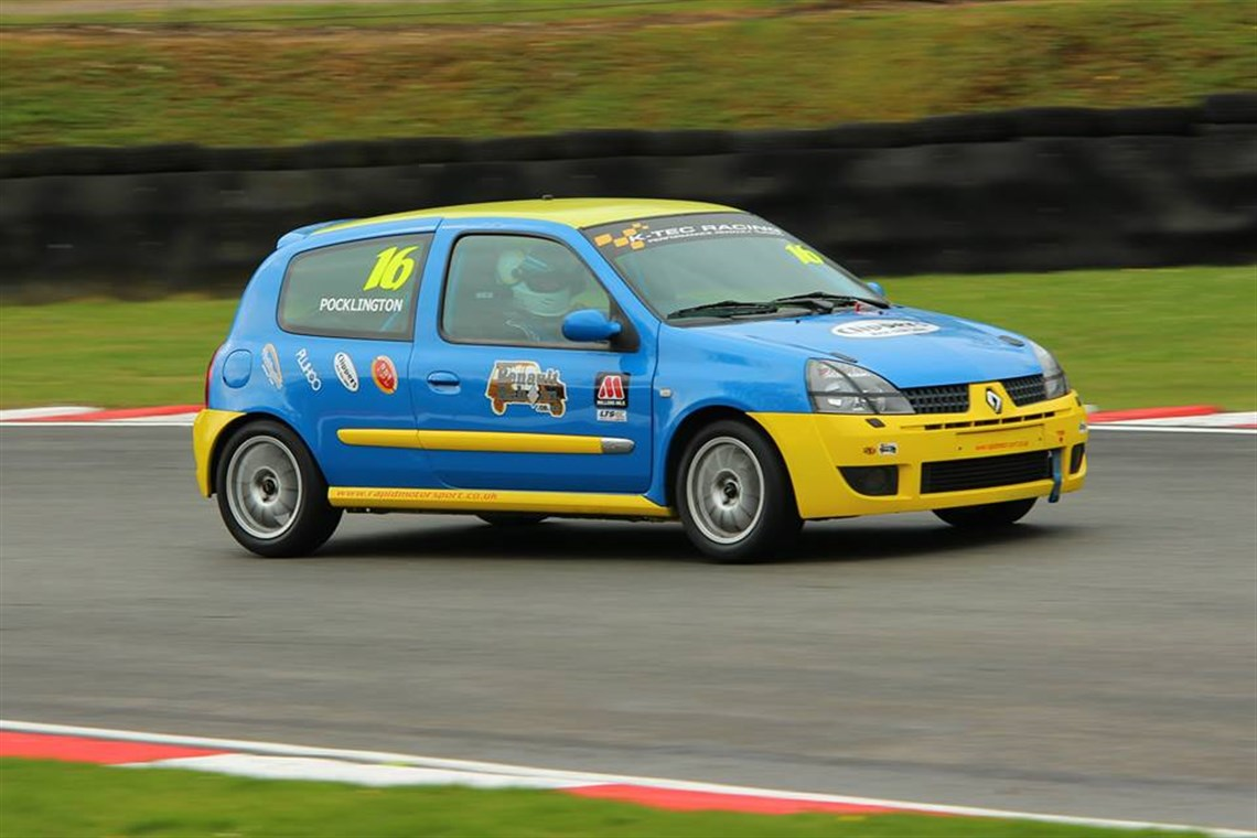 renault clio 182 championship race. Black Bedroom Furniture Sets. Home Design Ideas