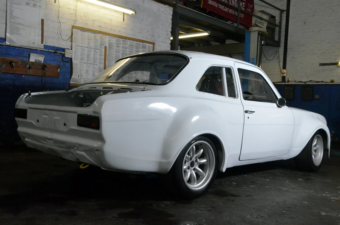 escort zakspeed body kit