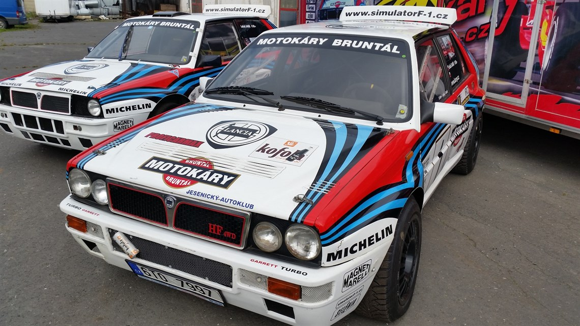 racecarsdirect - 2 lancia delta with more parts, wheels for sale