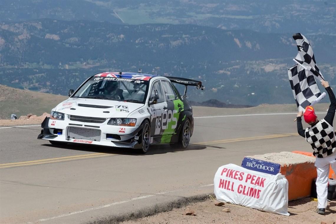 Racecarsdirect.com - Pikes Peak Mitsubishi EVO 9RS