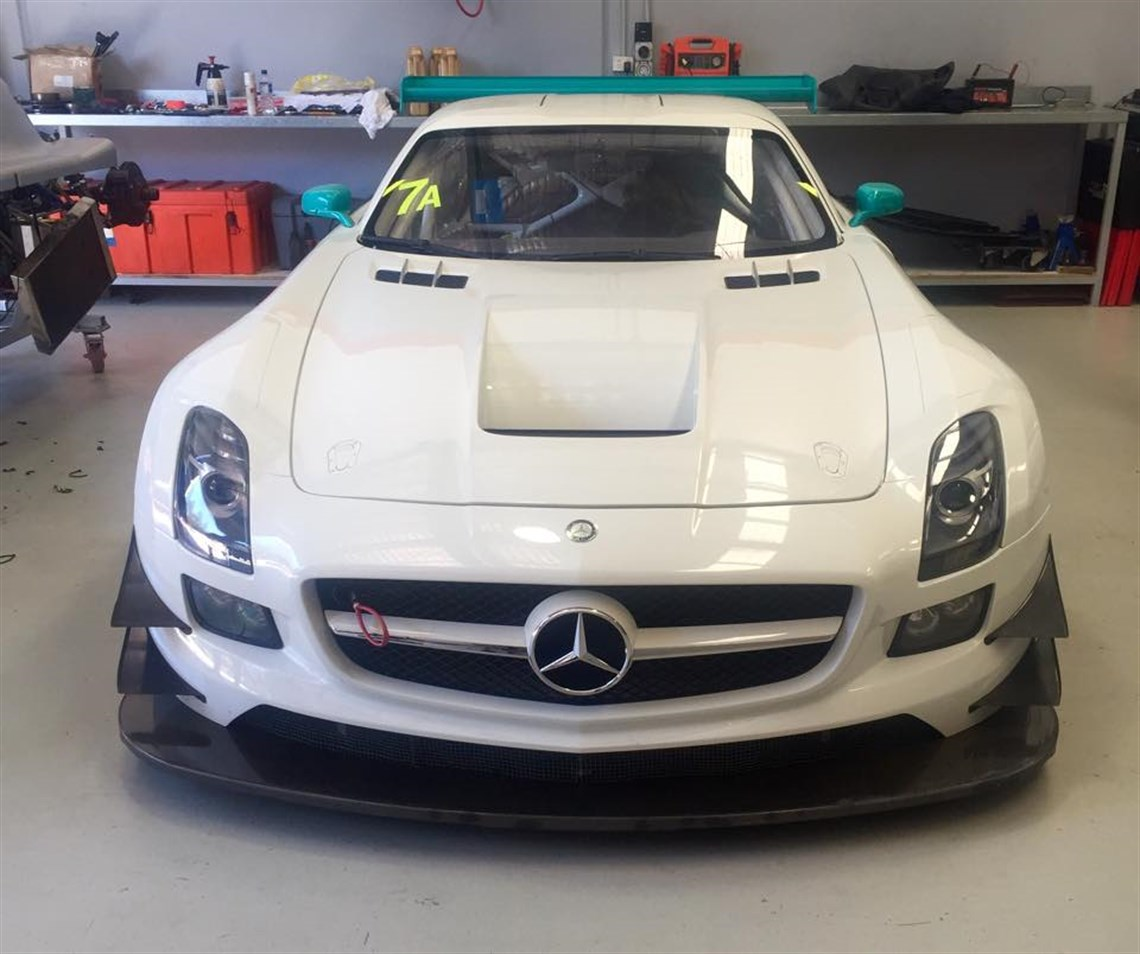 rare 2013 mercedes benz sls amg gt3 race car. Black Bedroom Furniture Sets. Home Design Ideas
