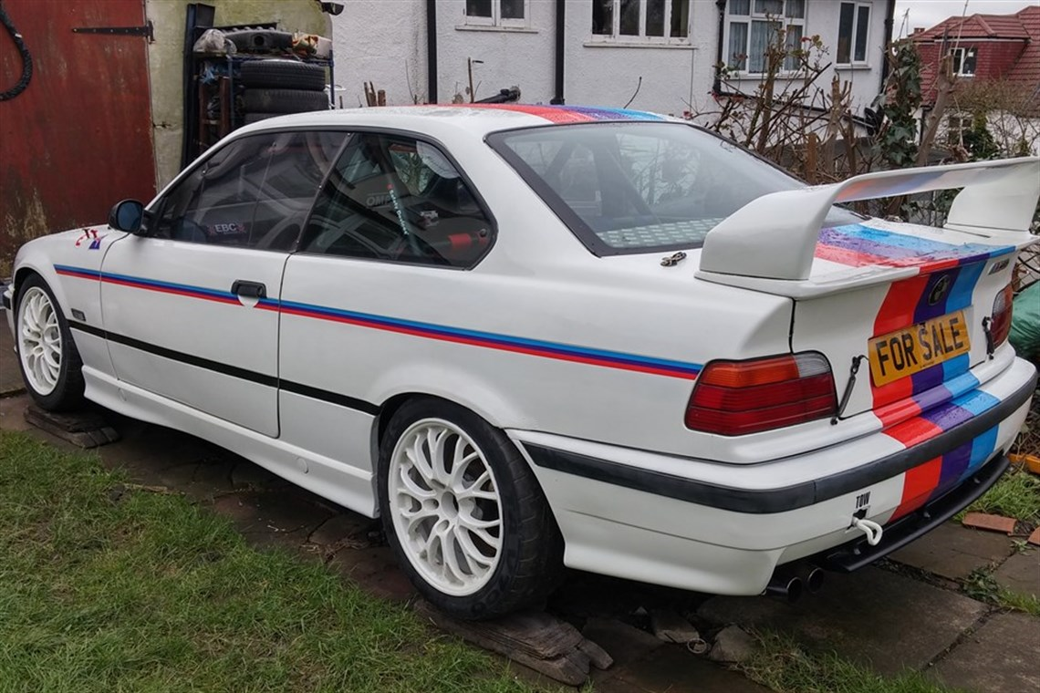 bmw-e36-m3-30l-race-car