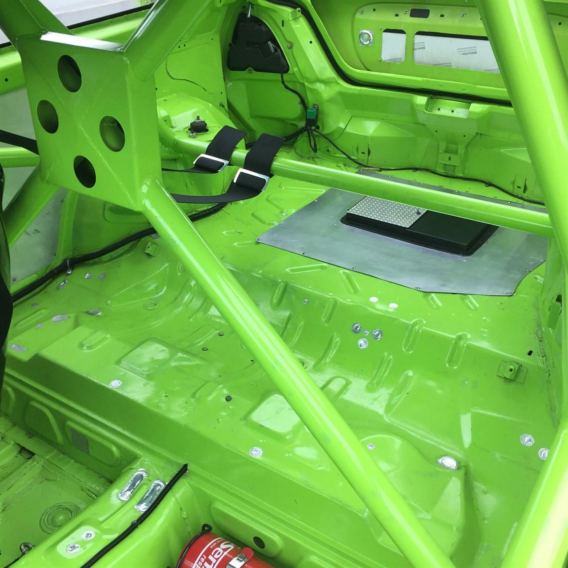 Racecarsdirect.com - MG ZR 1400 Race Saloon