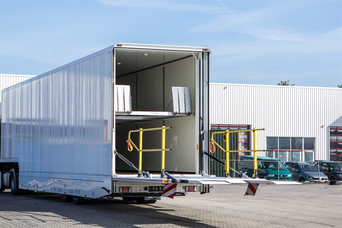 new-racetrailers-office-up-to-4-cars-dholland