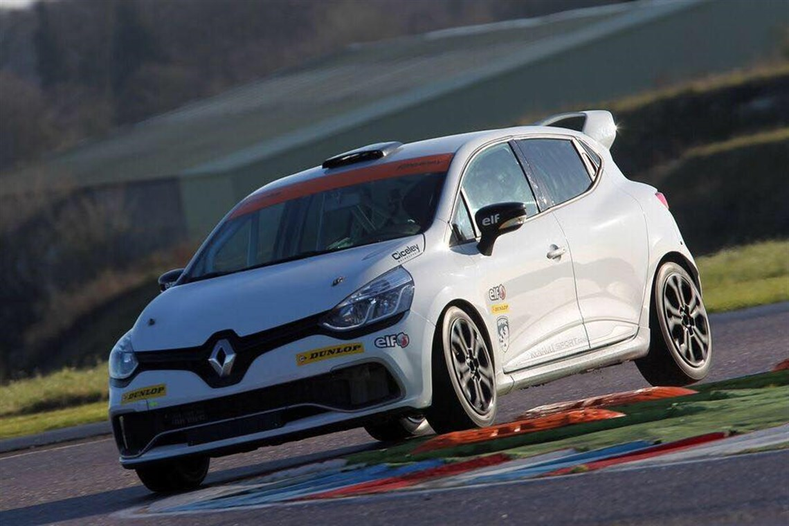 Renault clio cup 2018 gtr evolution