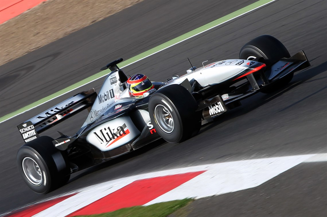 gp-winning-f1-cars-on-track-at-silverstone-cl