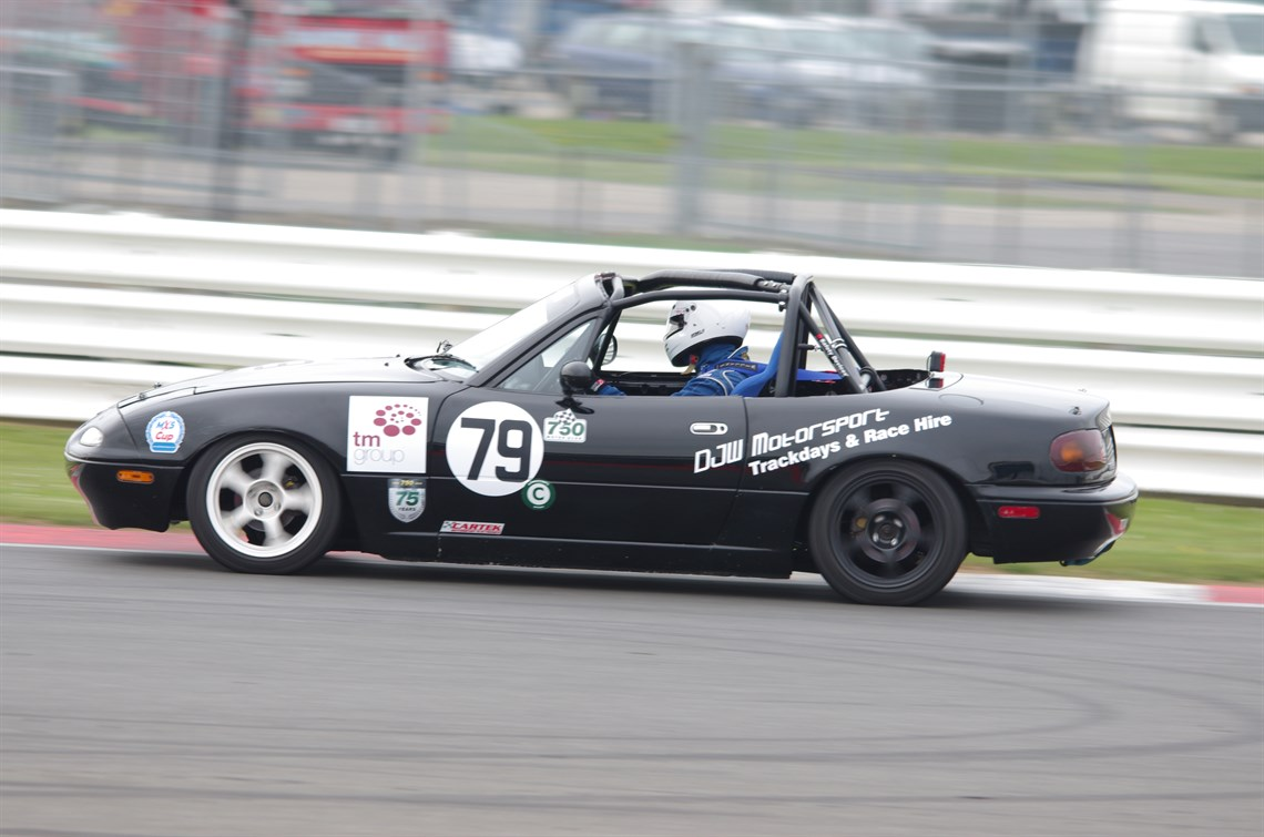 Racecarsdirect.com - Mazda MX5 mk1 Race Car for sale