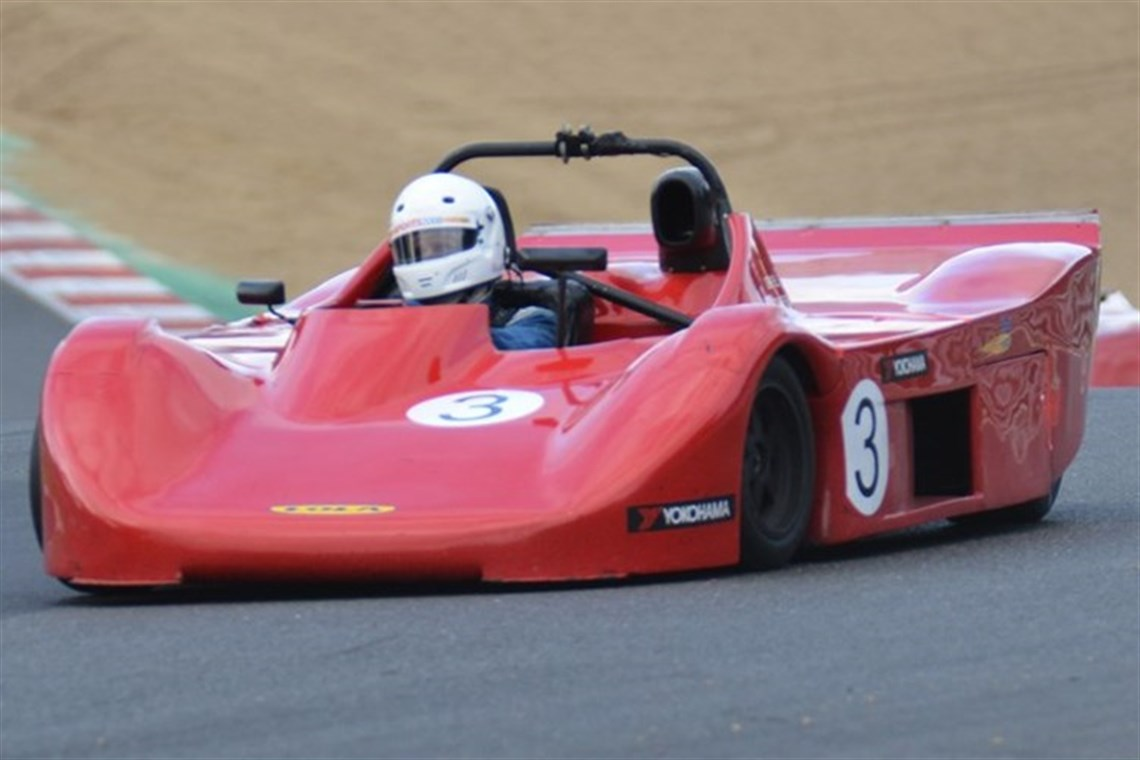 Racecarsdirect.com - Sports 2000 Lola T90/90