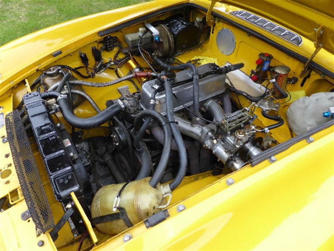 Racecarsdirect.com - MGB Race Car