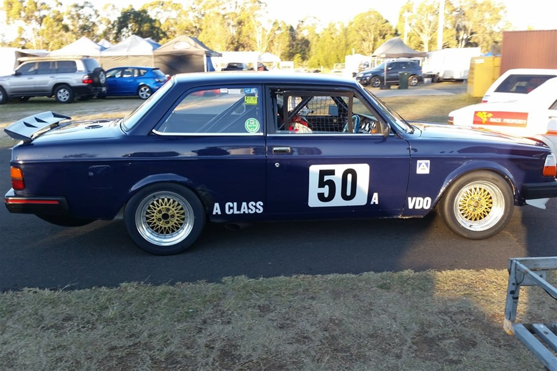 Racecarsdirect com - Volvo 240T Group A