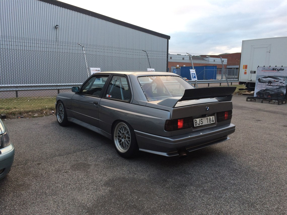 bmw m3 e30 replica. Black Bedroom Furniture Sets. Home Design Ideas