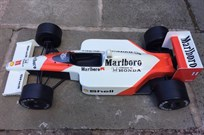 f1-collectors-mclarenhonda-marlboro-display-m