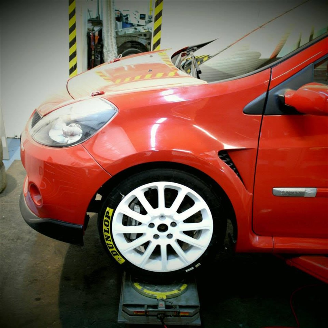 Racecarsdirect com - Renault Clio 3 RS Race /Rally Car, N spec