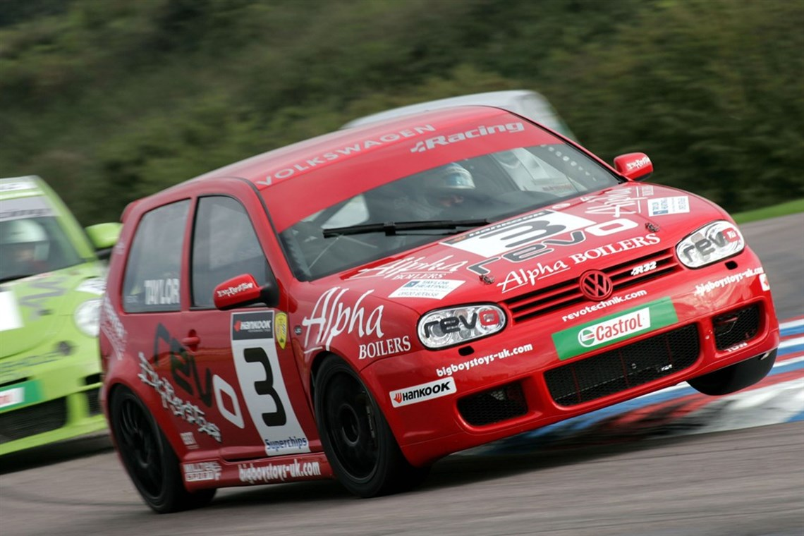 Race Track Lap Timer >> Racecarsdirect.com - VW Golf R32 – opportunity to buy or rent!