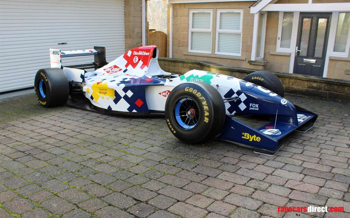 footwork-fa154-f1-formula-one-rolling-chassis
