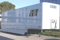 wanted-miele-racetrailer