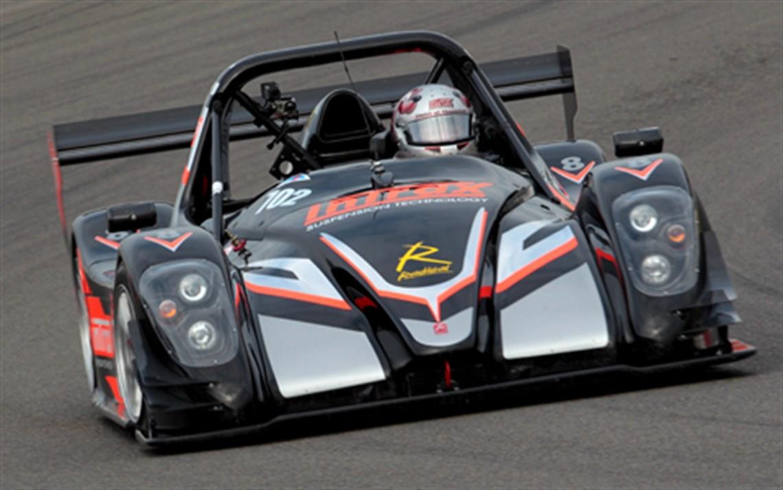 Racecarsdirect.com - Radical SR8
