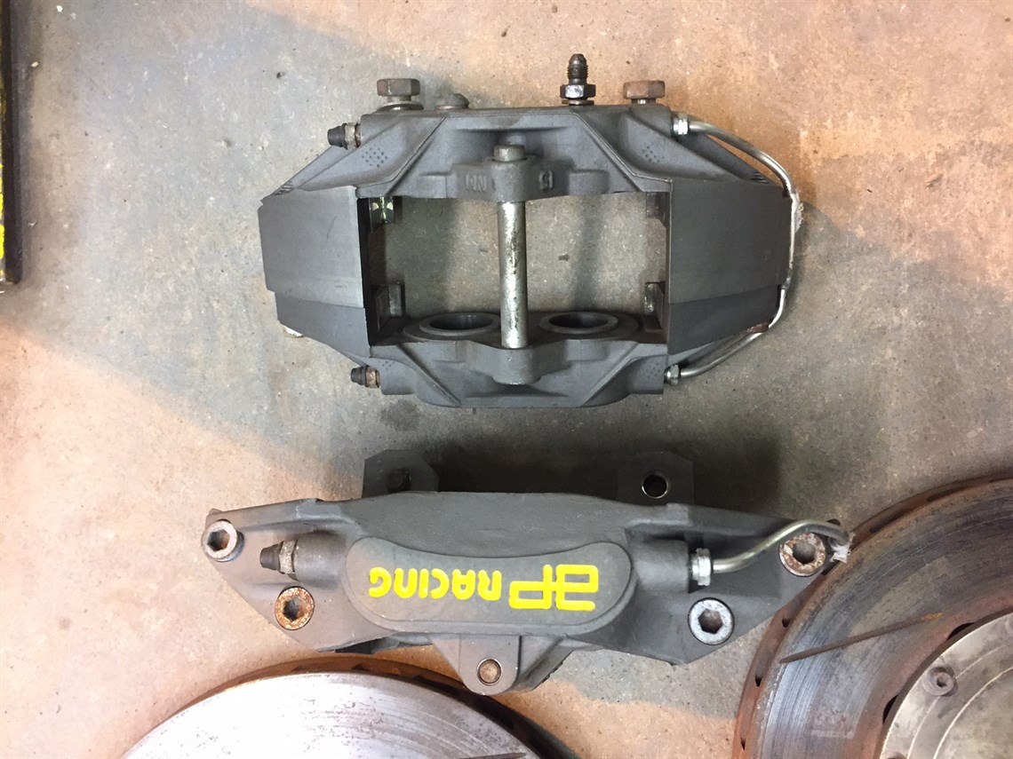Racecarsdirect com - BMW E30 M3 AP racing front brakes